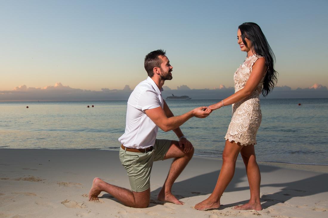 Bahamas Couple's Portraits